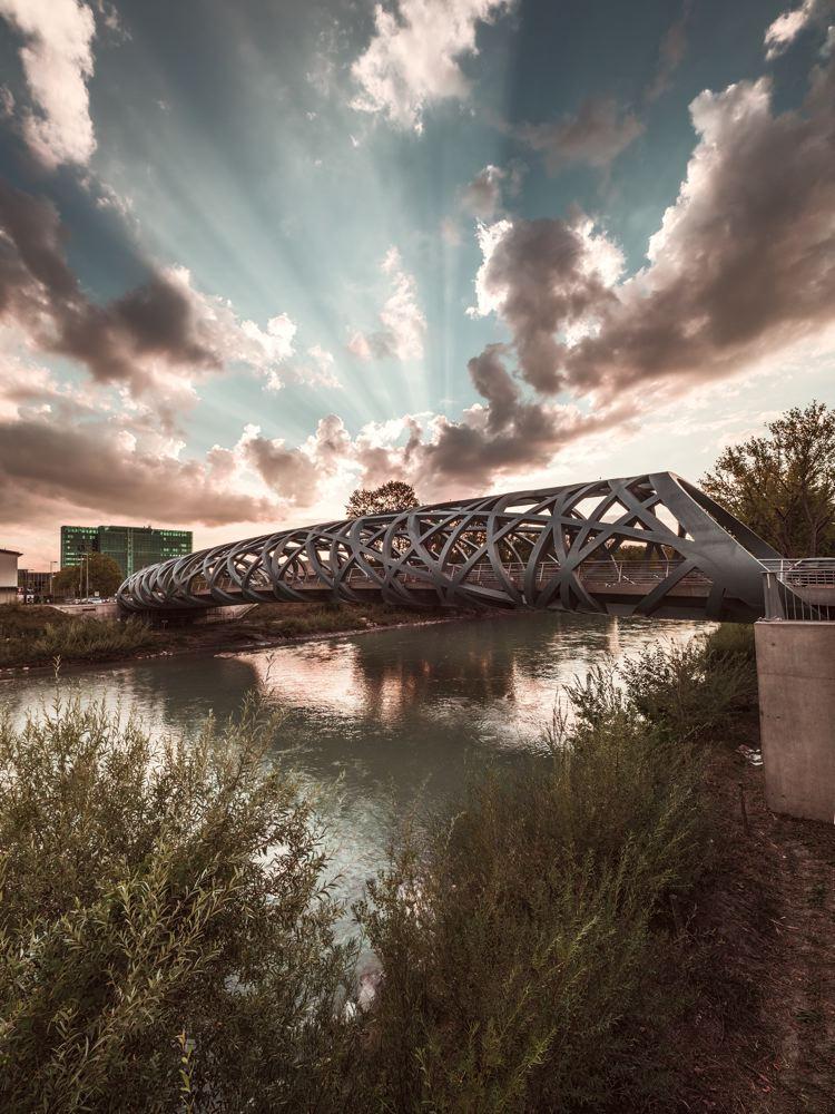 LDKphoto_ GENEVE_Pont_Hans-Wilsdorf-005.jpg