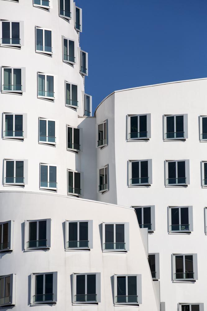 LDKphoto_Dusseldorf-Neuer Zollhof-014.jpg