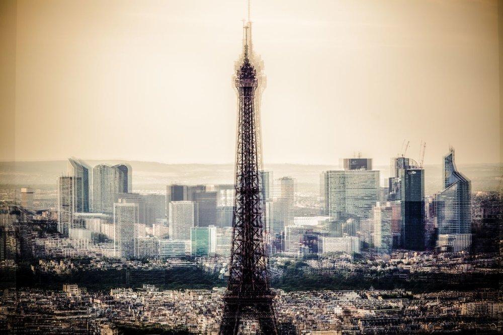 Paris<strong>- entrez -</strong>