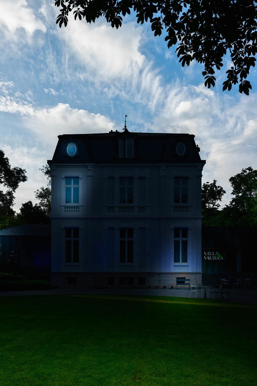 LUXEMBOURG-STill-01.jpg