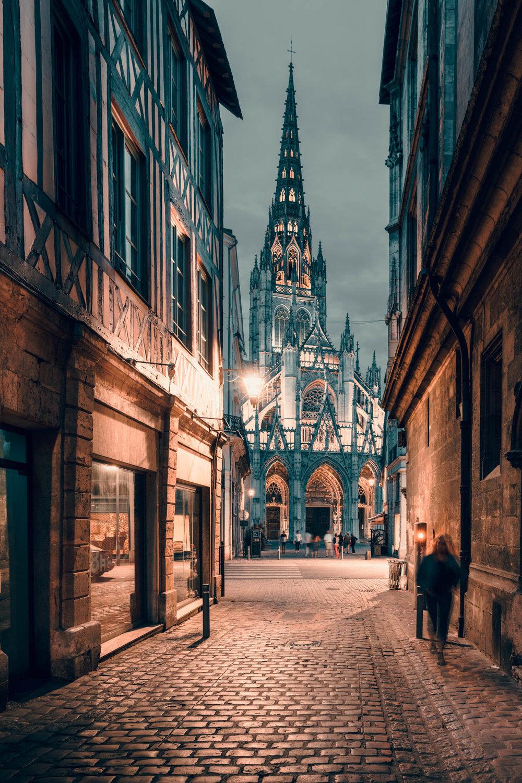 Rouen-still04.jpg