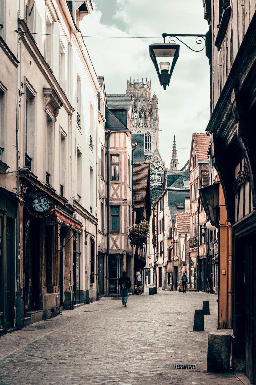 Rouen-still14.jpg