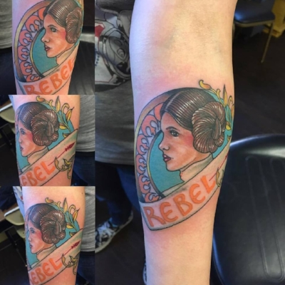 My spur of the moment Leia/Carrie tribute.