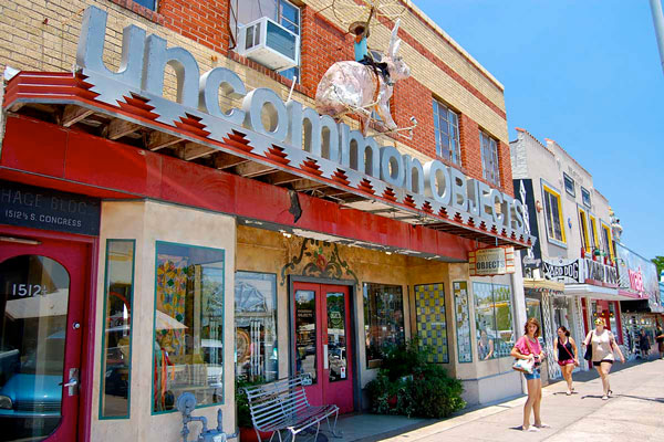 Photo: Courtesy of austincityguide.com