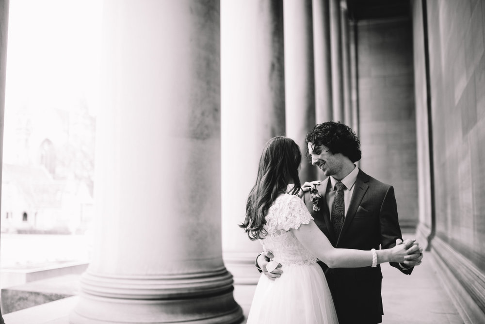 Pittsburgh Elopement Wedding Photographer - Carnegie Museum - Olya Tyler504.jpg