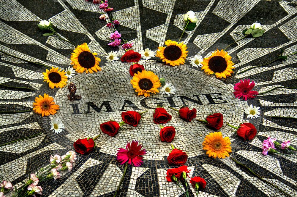 John Lennon Memorial, Central Park.