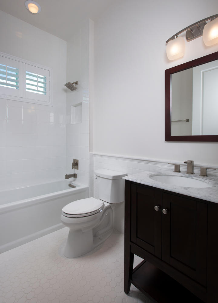 Bathroom in Pearl Street Cottage New Construction by Nease