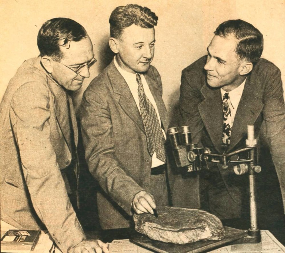 Dr. Haywood Pearce, examining stone with colleagues, via Brenau University