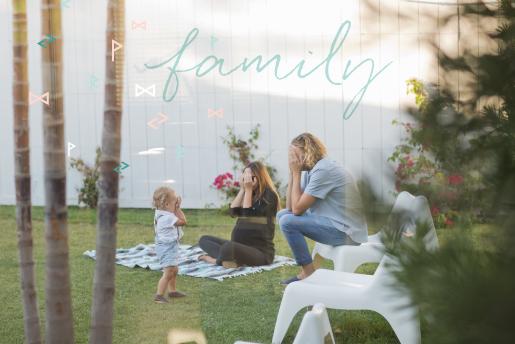 Shewanders-WEB-OURWORK-SUZANNE-HERO-FAMILY.jpg