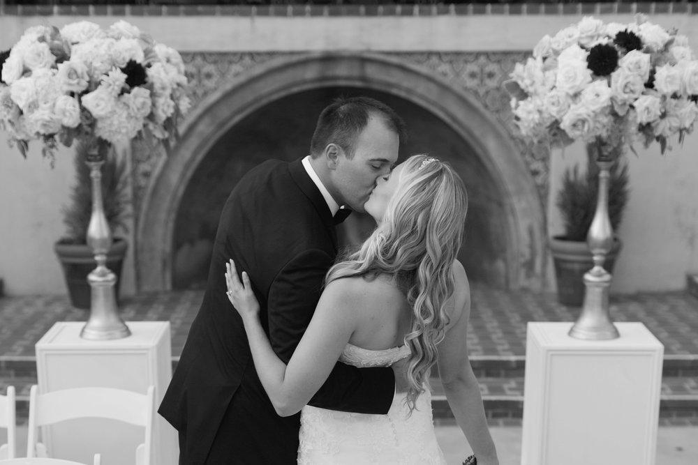 shewanders.coronado.wedding.photography.best.of155.jpg