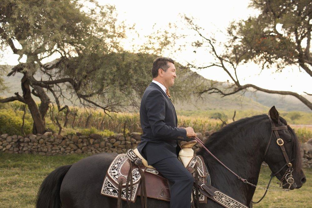 shewanders.coronado.wedding.photography.best.of176.jpg