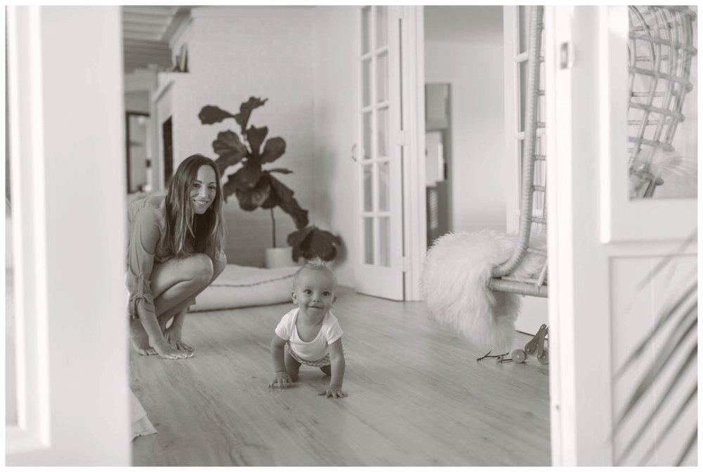 san.diego.family.photography.coronado.shewanders-1012.jpg