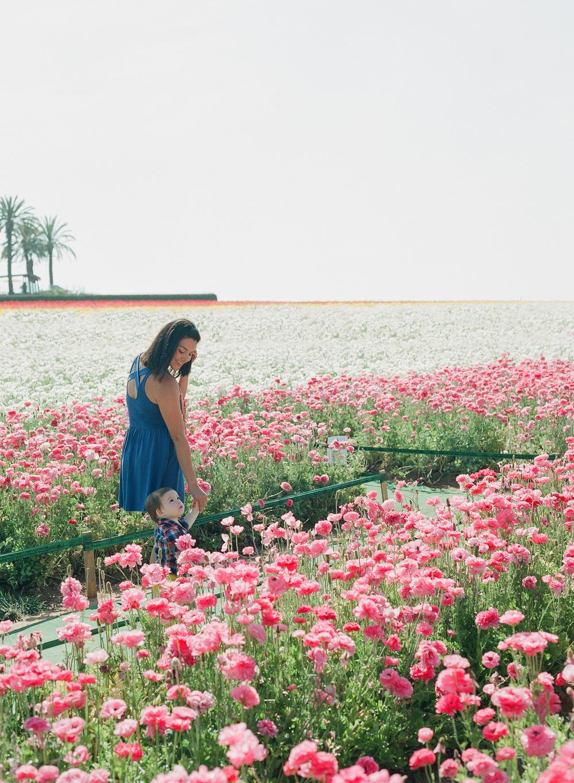 Carlsbad flower fields, family portrait San Diego, shewanders photography