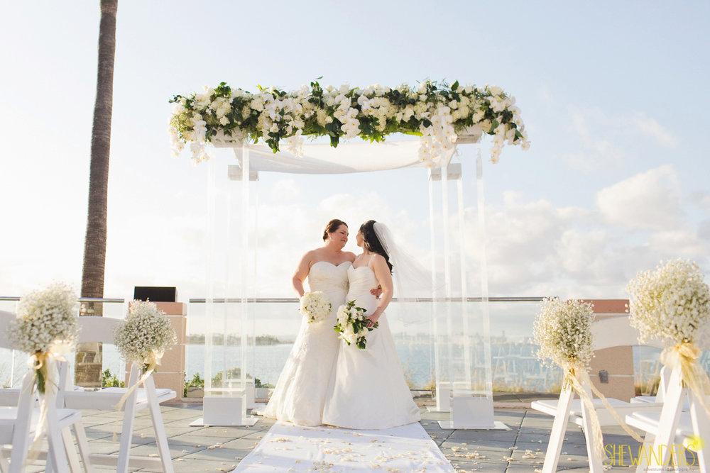 Shewanders.Coronado.Wedding.LaurenJessica-1000.jpg.Wedding.LaurenJessica-1000.jpg