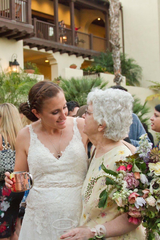 san.diego_.wedding.photography.shewanders.isari_.luxe_.brightly.designed339.jpg.wedding.photography.shewanders.isari_.luxe_.brightl.jpg