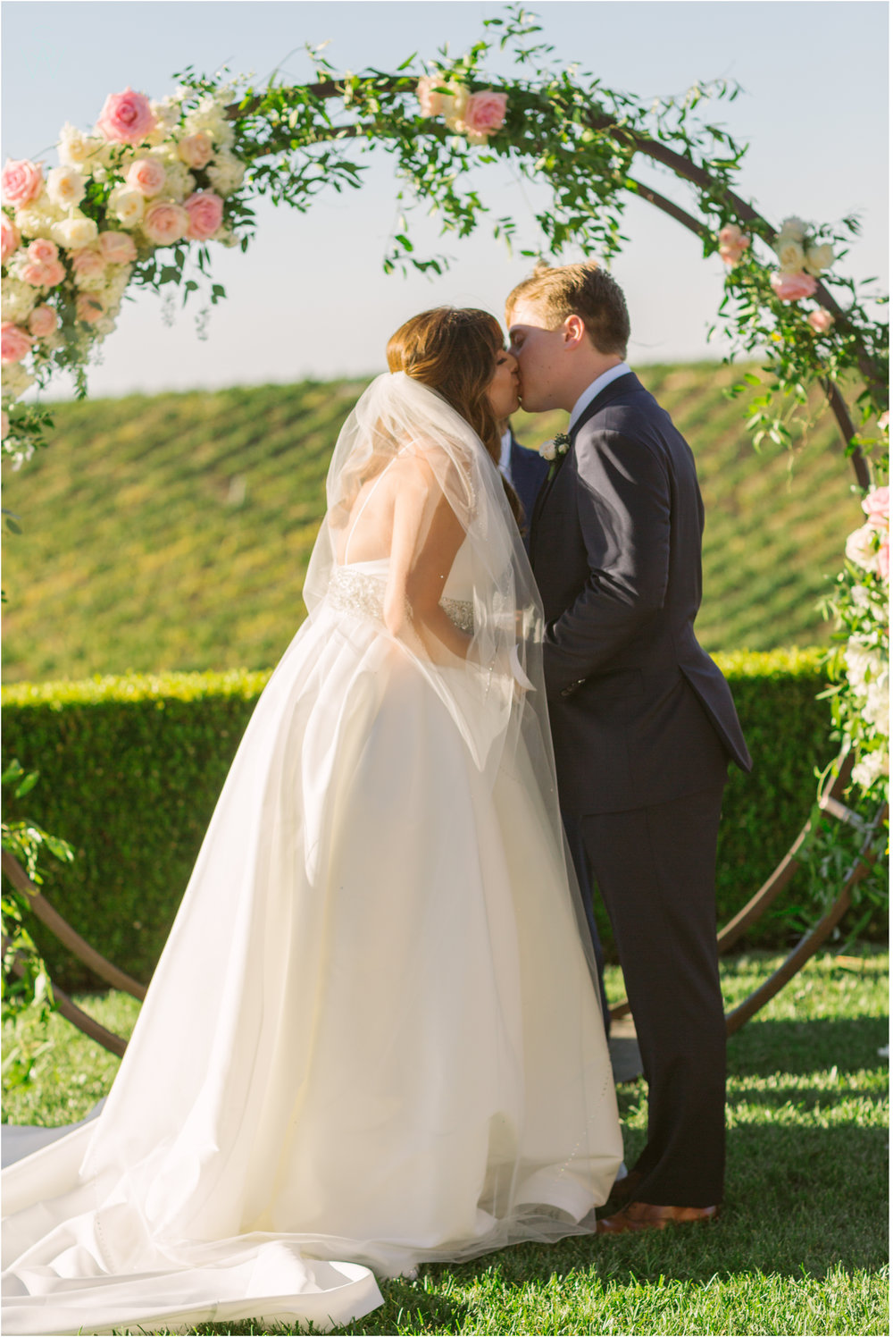 149CALLAWAY.VINEYARD.AND.WINERY.CeremonyKiss.wedding.photography.shewanders.JPG