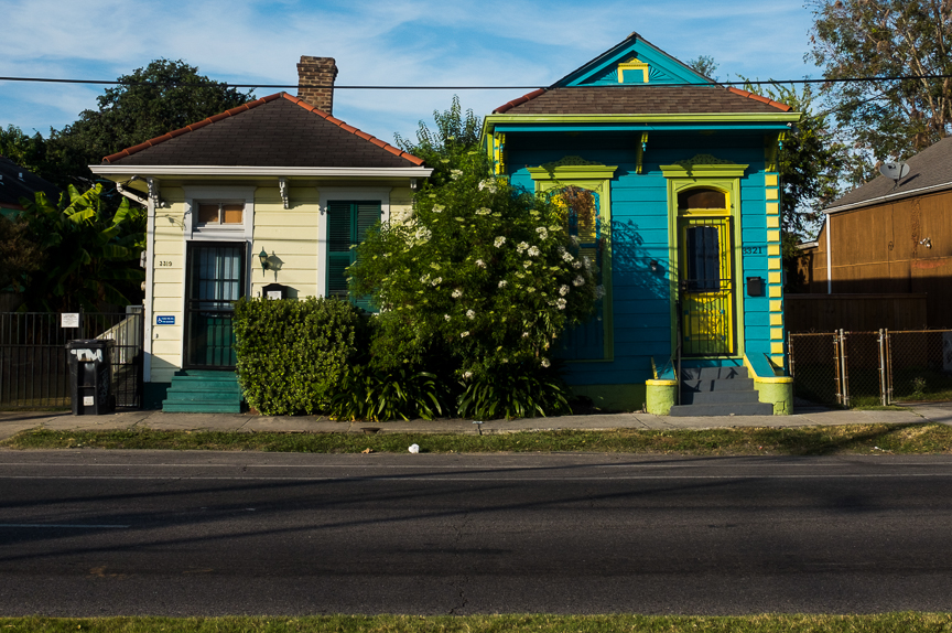 Homes along a New Orlean's street.