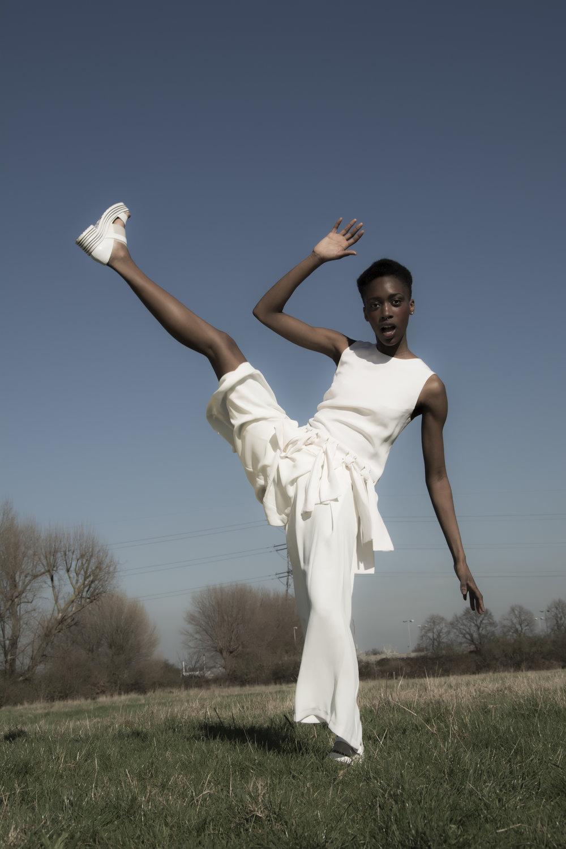 Top : 16Arlington Trousers : Stylist's own Shoes : Min Wu
