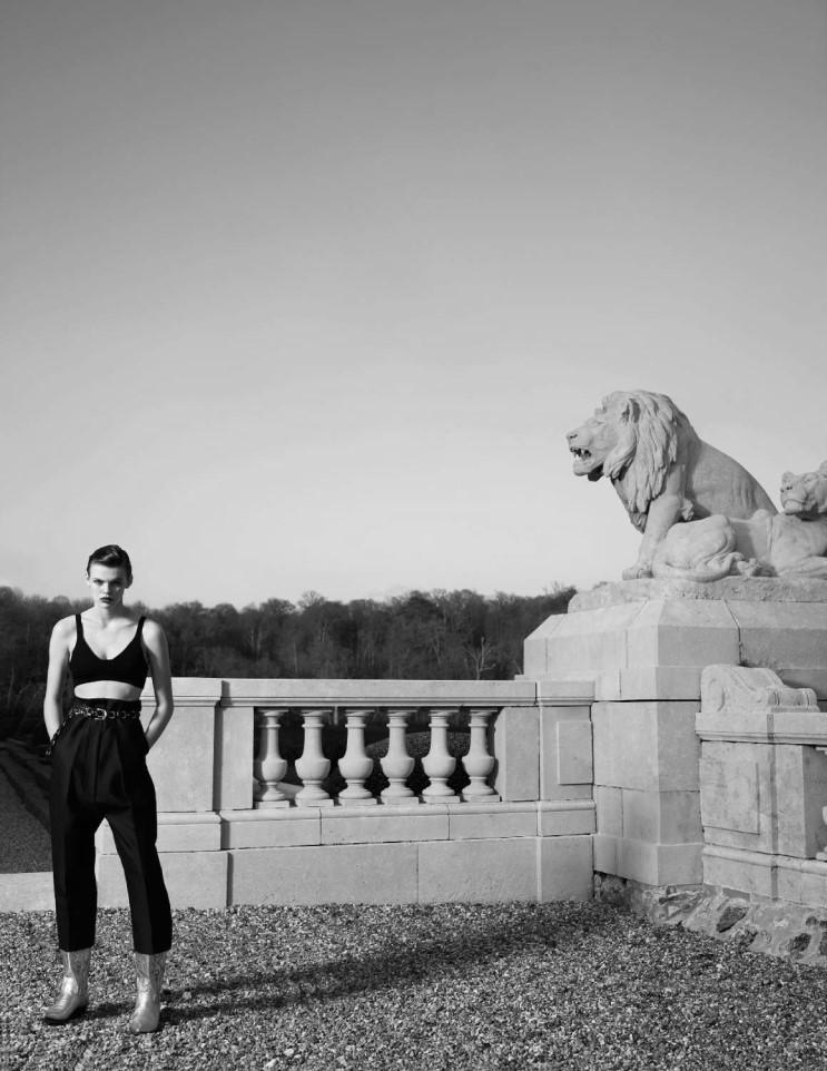 vogue-paris-0607-2017_by_hedi-slimane_(11).jpg