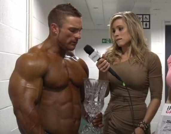 Muscle dudes love the d