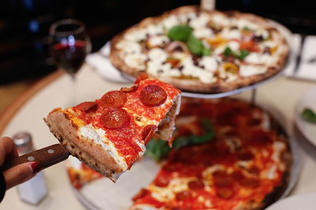 A slice 🍕 a day keeps the sad away! ☺ --- ------- ---------- #pizza #pizzalover #lunch #eeeeeats #dinner #fastcasual #grubstreet #glutenfree #artisan #nongmo #topcitybites #love #eatgood #doughboy #foodie #foodporn #yummy #yum #italian #delicious #pasta #italianfood #pizzalover