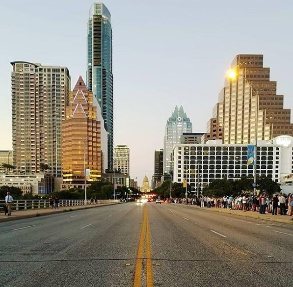 That Texas glow. ✨ (pc: @cruiserchris)
