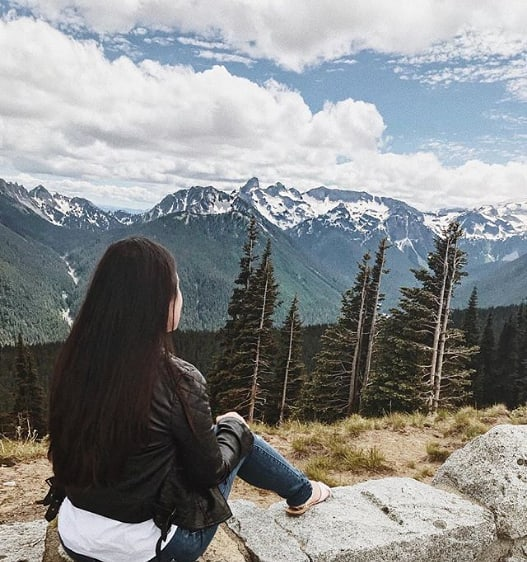 It's hard to compare the views of the PNW. 🌲🌲🌲 (pc: @diana.sterie)