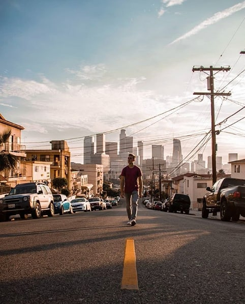 LA strollin'. 🚶🏽 (@lukas_kordter)