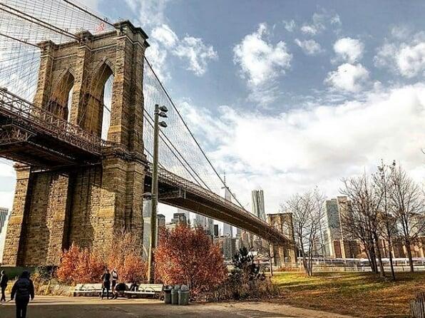 Gorgeous days at the Brooklyn Bridge. ☀️ (pc:@renrumpikova)