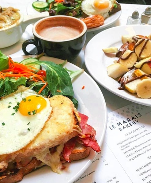 Brunch at @lemaraisbakery. Yes, please. 🍳