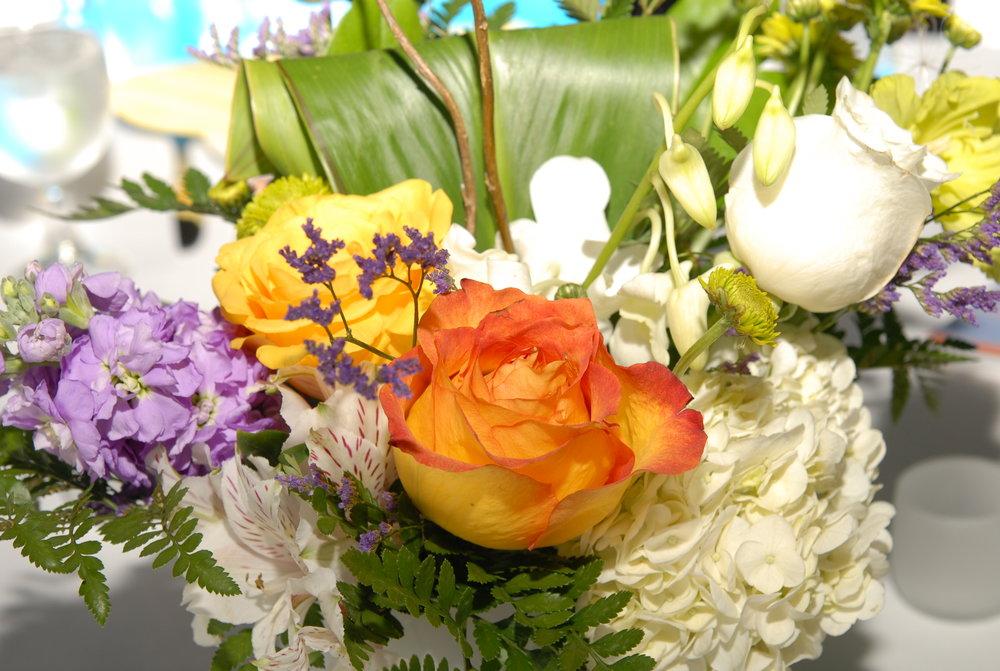 Event management Chicago flowers for gala fundraiser Joanne Klee Marketing