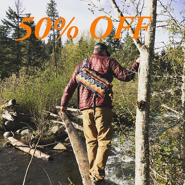 "Welcoming the fall season in with 50% off your entire order. Enter ""FEELINFALL50"" at checkout. 🍻 #coldshoulderbags #coldshoulder #coolerbags #backpack #cooler #backpackcooler #beer #beerpack #beercooler #beerlife #cold #beerme #pnw #oregon #washington #evergreen #westcoast #bestcoast #trailmob #wherecanyourcoolergo #mountainlife #mountainliving #mountainlifestyle #getoutside #commuter #fall #stayfrosty #stayfrostyfriends"