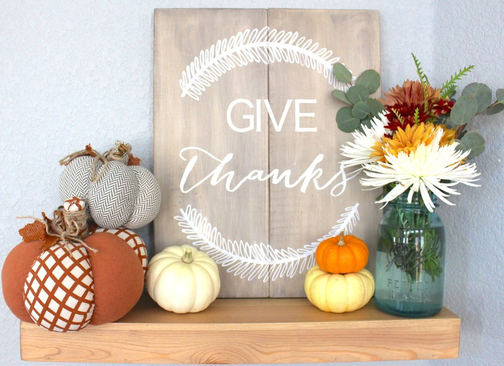 Easy Thanksgiving Wall Decor — fry by design