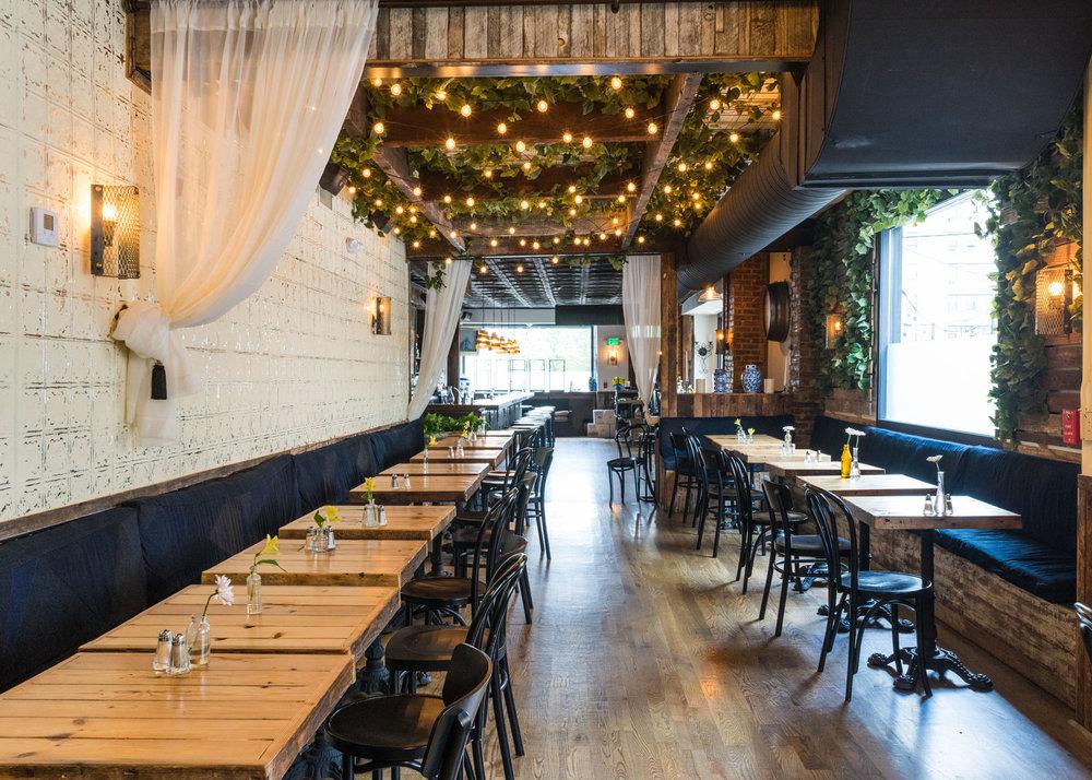 Table tops: Tribeca Grain | Live Wall: Tribeca Grain + Jim Luty Assoc.