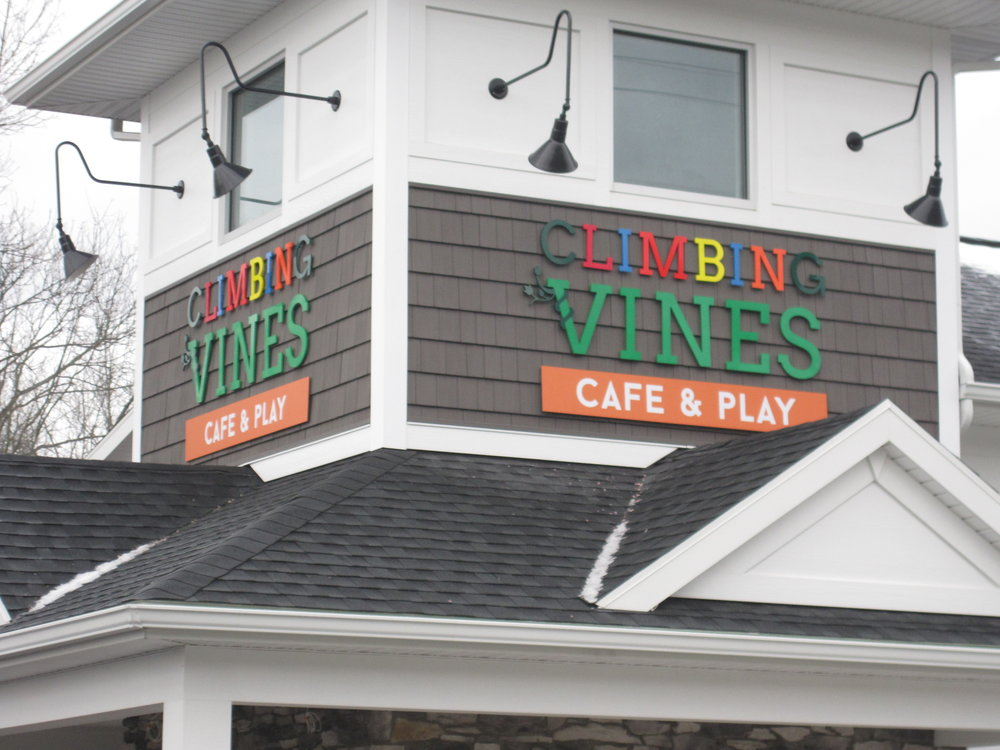 CLIMBING VINES BUILDING SIGN .JPG