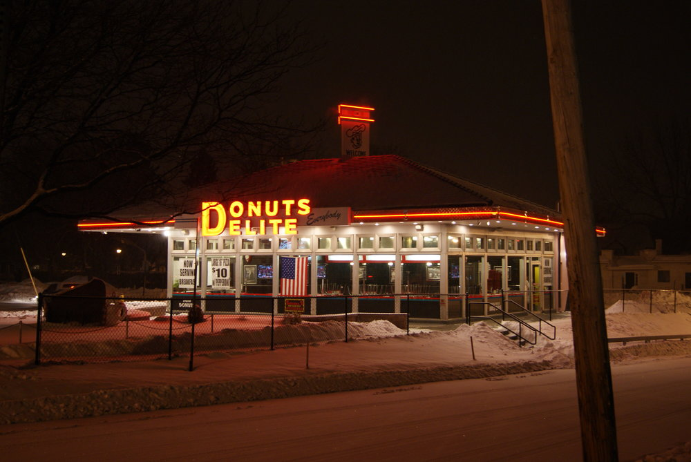 Donuts delite Night 2.JPG