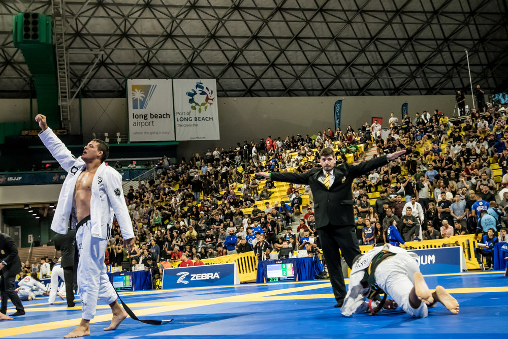 Fellipe Andrew (seen here winning vs. Mahamed Aly for Open Class qualifier) earned his Black Belt in December 2017 and is an up and coming contender for the Gold. Fellipe won Bronze at this year's World Championship in the Heavyweight Division.