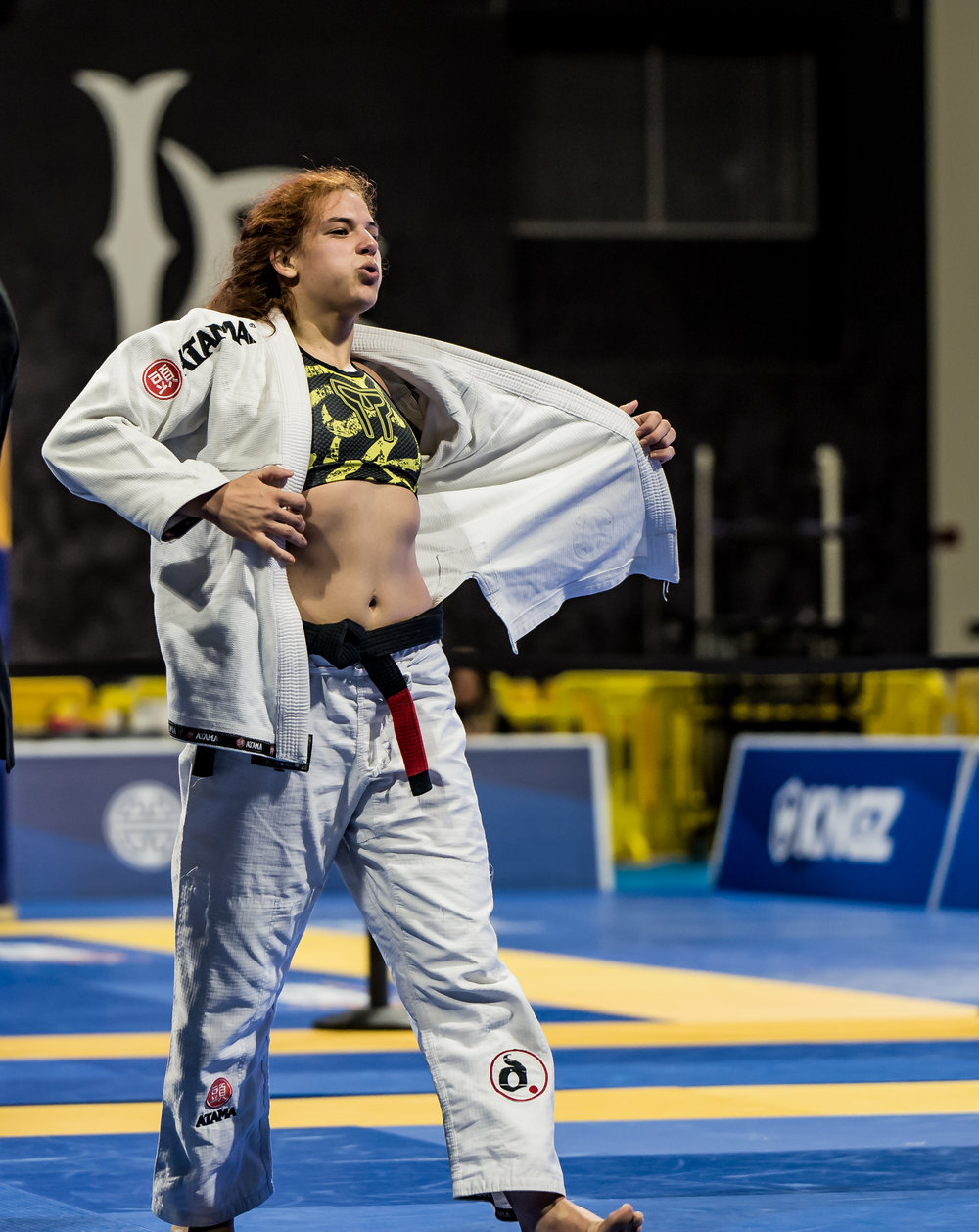 Claudia Do Val wins her second World Championship Gold in the Heavy Weight Black Belt Division.