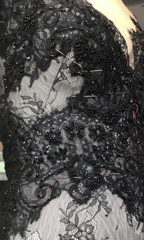 marchesa - SPRING 2019 - HAND SEWING LACE APPLIQUÉ FOR SPRING 2019 PRESENTATION