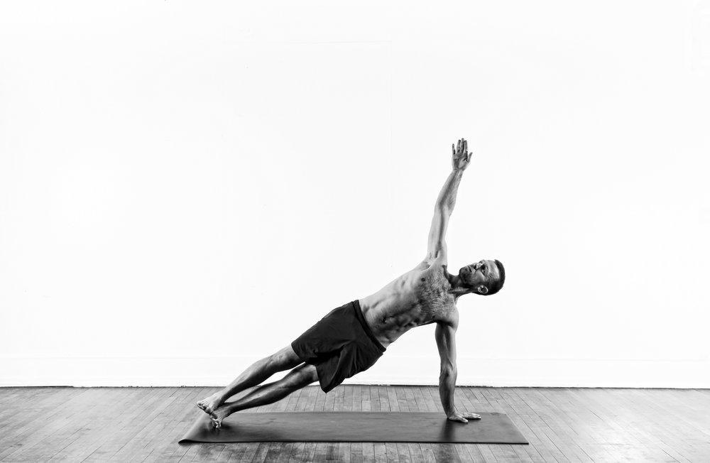 Side Plank / Vasisthasana 1