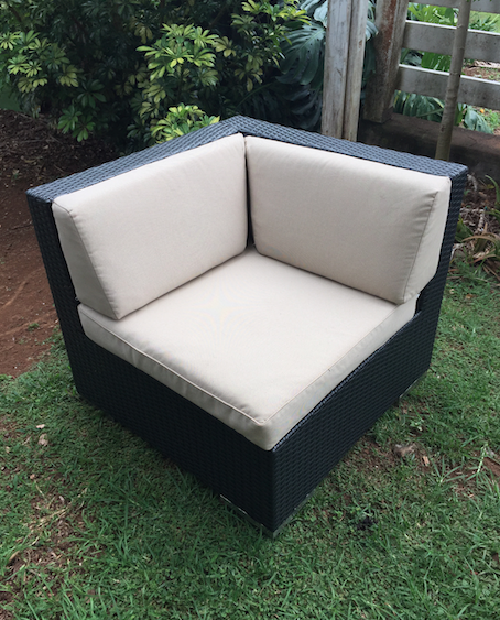 Black Wicker with Creme Cushions Corner Piece