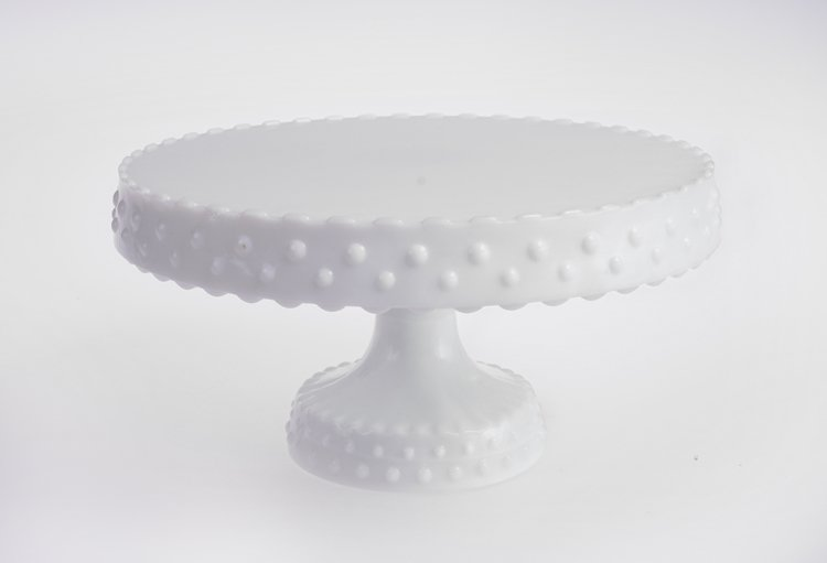 Milk Glass Cakes Stand.jpg