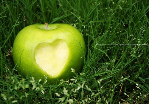 Lovegreenapple.jpg