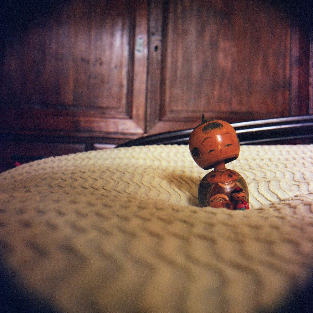 77_doll_bed.jpg