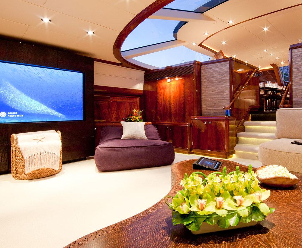 loungescreen.jpg