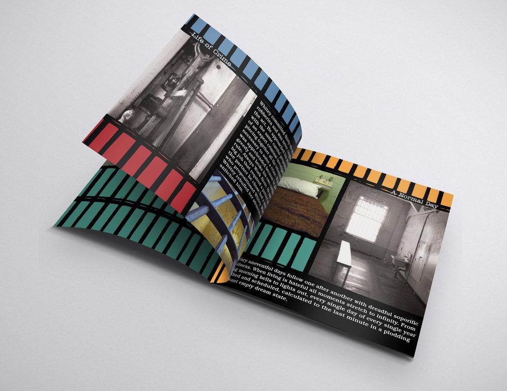 Mockup_Brochure_21x21_4.jpg