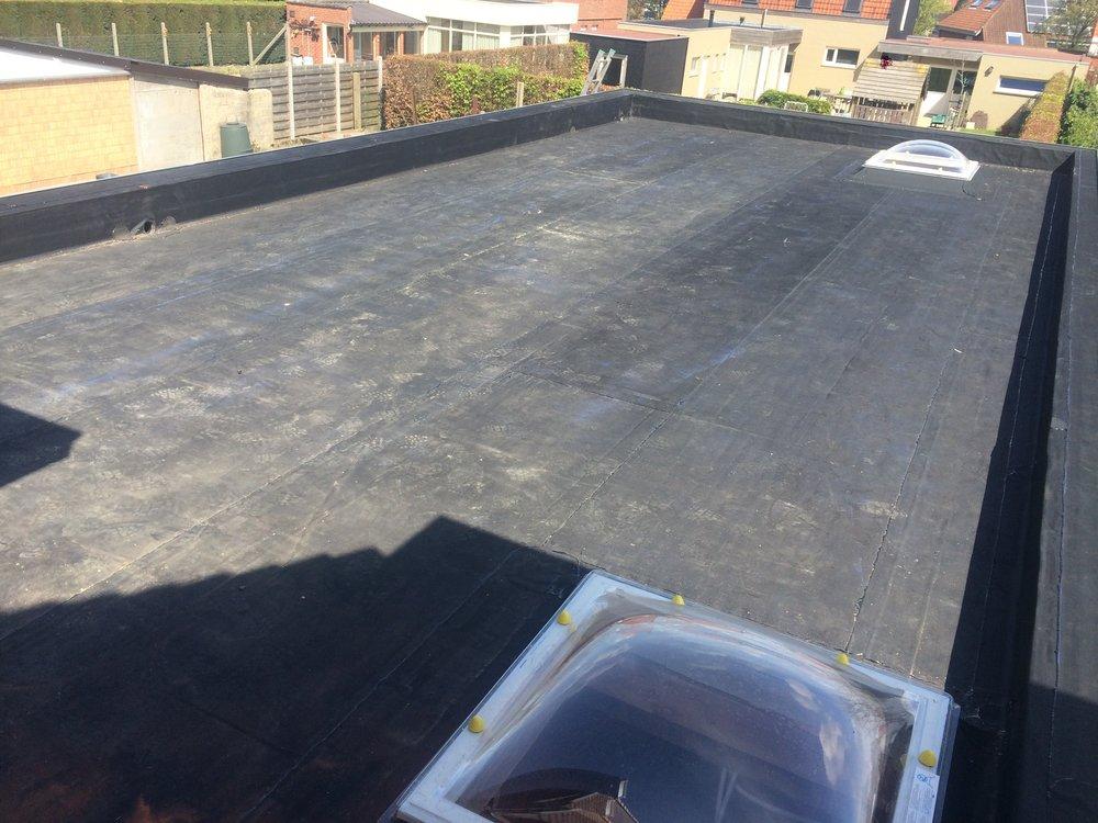 Plat dak met koepel renovatie Kortrijk.jpg