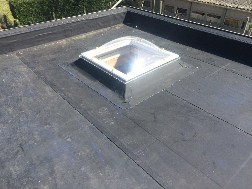 Plat dak met koepel renovatie West-Vlaanderen.jpg