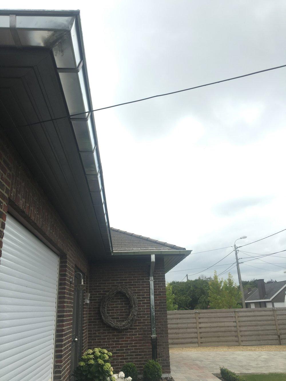 Zinken dakgoot vernieuwen Kortrijk.jpg
