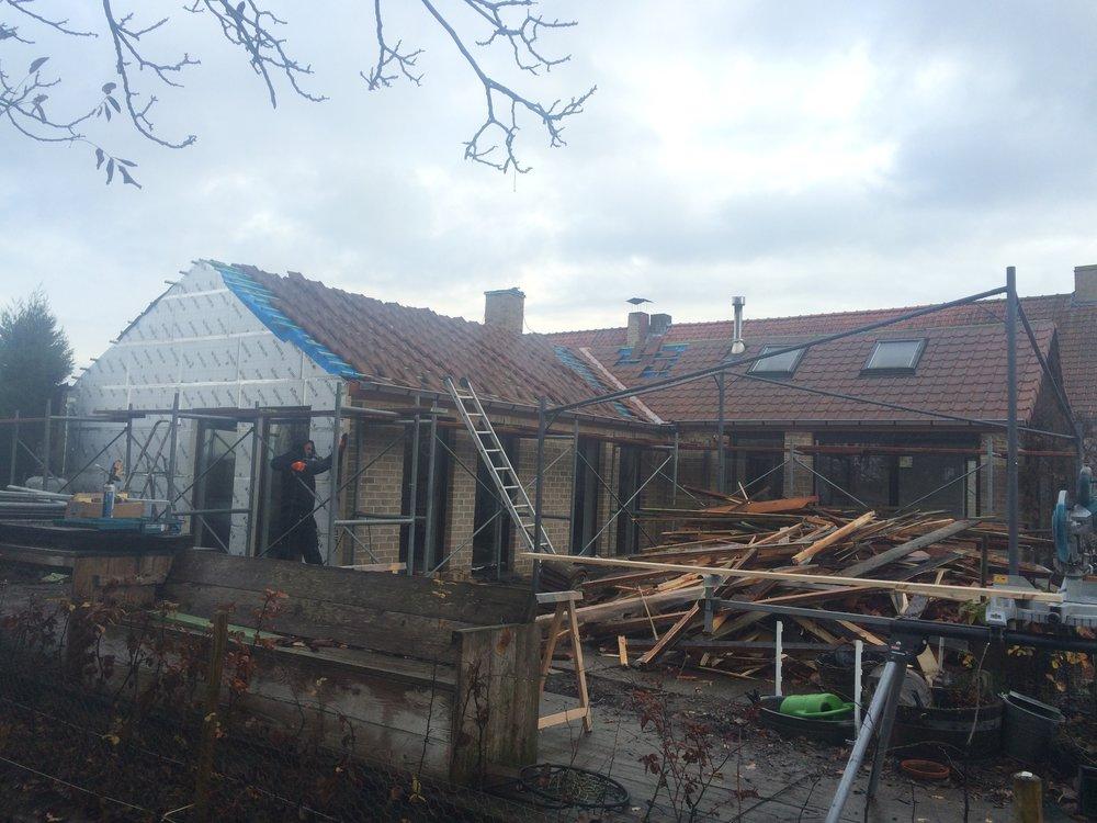 Vernieuwen dak Kortrijk.jpg